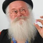 Un señor inventa una píldora que hace que tus pedos huelan a chocolate