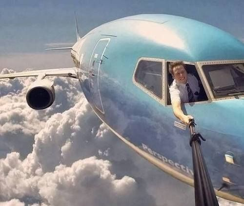 palo selfies avión