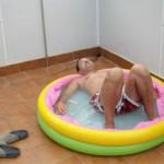 David Meca consigue cruzar la piscina de su casa