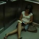 Una mujer china muere tras estar un mes encerrada en el ascensor